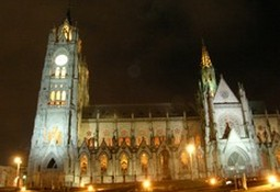 Quito at Night 010